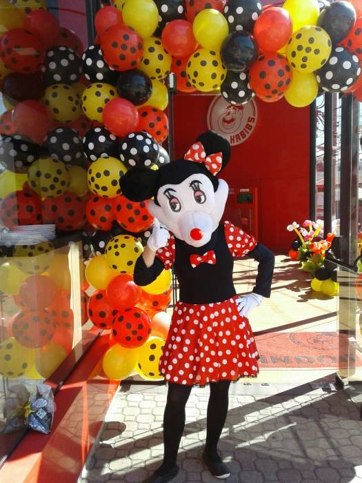Personagem Vivo Mickey E Minie Para Festa