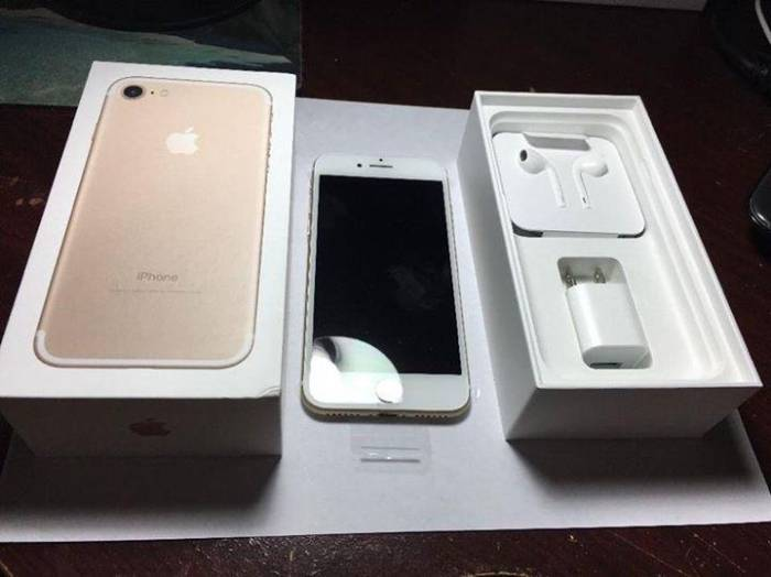 Novo Apple Iphone 7 32gb Desbloqueado